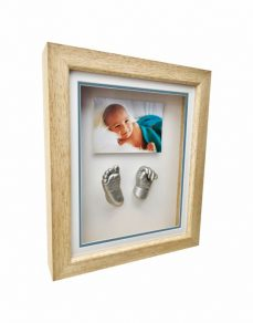 Photo frame and casts