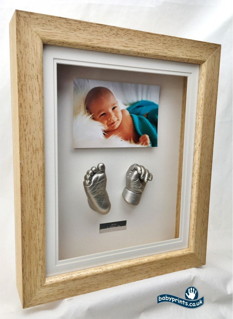 Ideas for baby hand and foot statue display